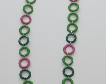 Plastic Spring - Recycled plastic and metallic wire necklace