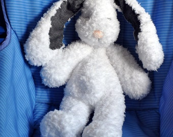 William the Fluffy Bunny - Soft Plush - Amigurumi - Hand crocheted