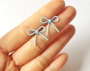 Baby Blue Wire Bow Earrings - Baby blue earrings - Fashion earrings - Blue Bow - Post earrings - Stud earrings - Bow earrings - Wire Bow