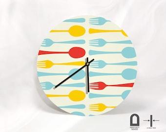 """Kitchen Art - Modern large round wall clock  - 11"""" Diameter - No Ticking Sound"""