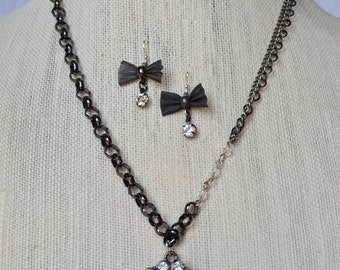 Crystal Circle Pendant Necklace + Mesh Bow Earring Set