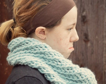 handknit oversized chunky scarf cowl - in pale blue