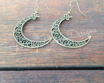 Retro Style Bronze Moon Charm Dangle Earrings