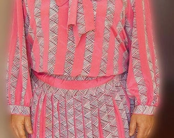 Vintage 80s work dress, size 12,  pink dress, shoulder pads, 80s fashion, size 12 dress, vintage pink dress 80s dress size 12