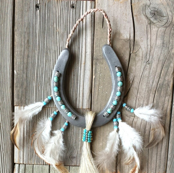 Gift for native american wall decor home accents bohemian for How to decorate horseshoes