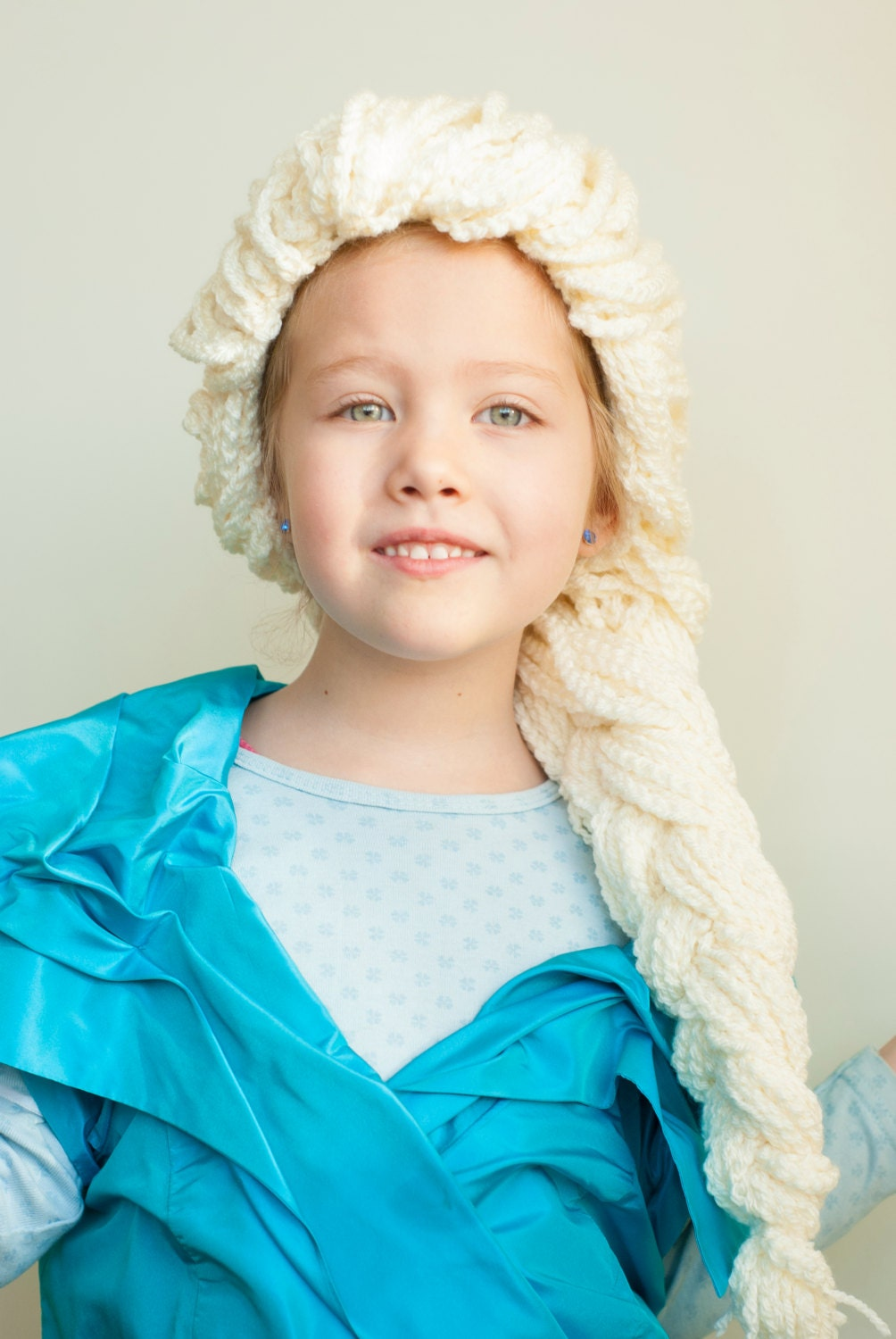 Crochet pattern Elsa hair wig to dress up Frozen inspired