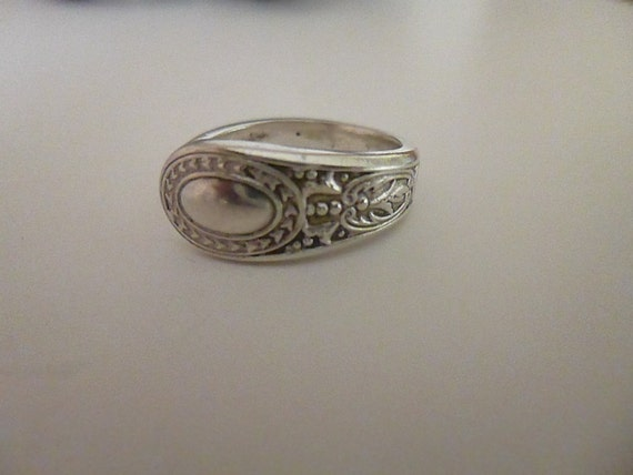 pretty vintage silver spoon ring uk size o silver ring