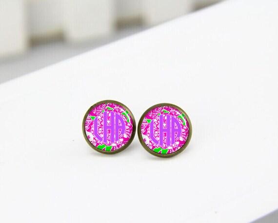 monogrammed earrings, monogram earrings, lilly, custom initials earrings, post stud earrings, stud earings, bridesmaid earrings, bride gifts