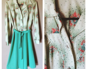 DARLING 1970s Dress in Floral and Green Size 8 M