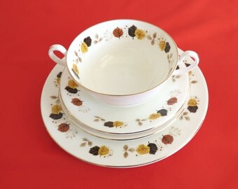 Cream Soup Set for Two (8 pc) - HARLEIGH Fine Bone China - Soup for Two Vintage Dinning Set
