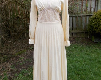 Vintage dress - alternative wedding dress 70s ivory maxi dress with pleated skirt and lace bodice size small