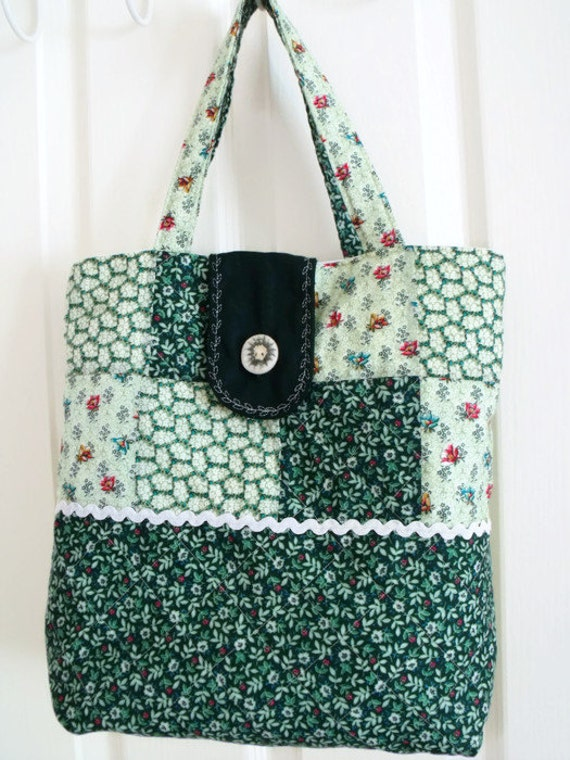 patchwork shopper, Quilted cotton shopping bag, green market bag, cotton nappy bag, diaper bag in green floral fabric