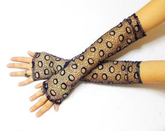 Mirona de Luna, Free Shipping, Dark Blue Lace Fingerless Glove Mittens, Gothic Vampire, Belly Dance, Bohemian Bridal, Fingerless Gloves