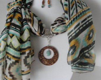Scarf & Pendant in Tribal Motif