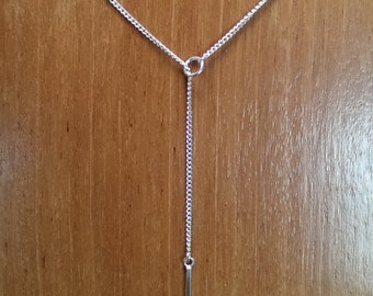Lovely sterling silver lariat style necklace, pendant