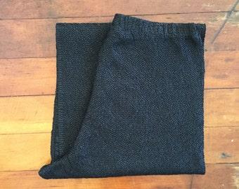 minimalist textured black 90s pants