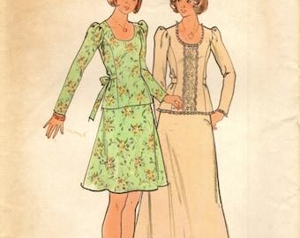 Butterick 3981 Trimmed Top & Skirt VINTAGE 1970s Junior Size 13 Bust 35