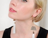 White leather tassel earrings / hand made /  Pyramid / hammered silver / statement earrings / fringe earrings triangle / shoulder dusters