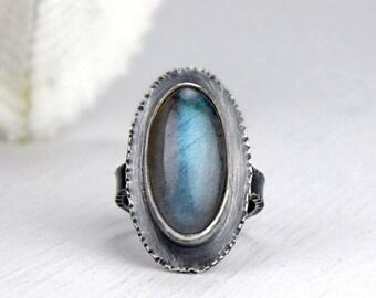 Labradorite Ring, Gemstone Statement Ring, Blue Green Flash Labradorite, Cocktail Ring