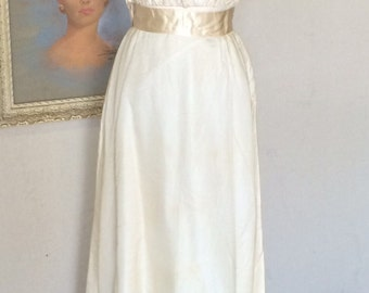 Vintage Wedding Dress - 1950s Priscilla of Boston - Bonwit Teller - Ivory Organza Wedding Gown - 32 Bust