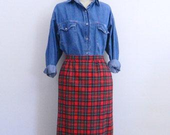 Vintage Pendleton Plaid Skirt ... 1980s Red Plaid Wool Skirt ... Size Medium to Large
