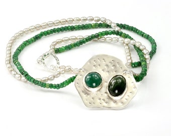 JUICY AMAZON | Emerald Pearl necklace with Jade and Prase (Free shipping)
