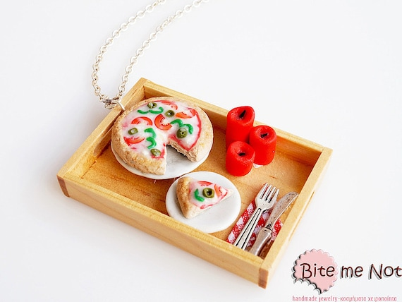 Pizza Romantic Dinner Necklace, Dollhouse Pizza Tray, Pizza Necklace, Mini Food Jewelry, Pizza Jewelry, Foodie Gift
