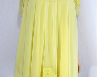 Vintage Peignoir Nightgown Set XS Petite Hand Dyed Sunny Yellow Vintage Lingerie Upcycled Vintage Nightgown Robe Bridal Lingerie Pin Up