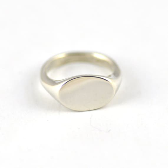 signet oval ring in sterling silver