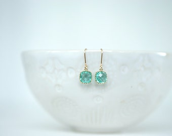 Mint Green and Gold Faceted Earrings | Bridesmaid Earrings | Wedding Jewelry