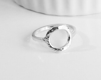 Eternity Circle Silver Ring, Hammered Circle Ring, 2 mm Circle Ring, Hammered Ring,925 Sterling Silver Ring, Open Circle Ring