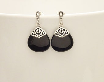 Onyx Silver Earrings - Sterling Silver - Black - Onyx Gemstone - Dangle Earrings - Filigree Earrings - shabby chic earrings - Post Earrings