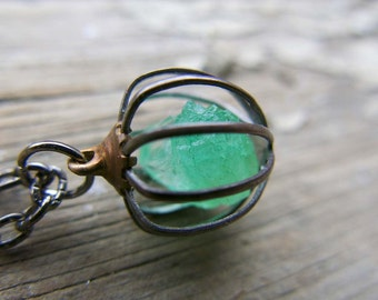 Raw Emerald Crystal Green Necklace Gemini Sign Mother Gift Jewelry Raw Birthstone May Gemstone Wife Push Present Gift Rough Cage Pendant