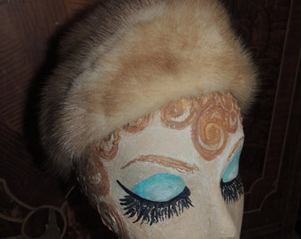 Item #VC000004 This Gorgeous 1950's to 1960's  Pillbox style Dr. Zhivago romance me Blonde Mink Mad Men Hat