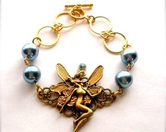 Fairy Charm Blue Pearl Bracelet, Fairy & Midnight Blue Pearl Bracelet, Fairy Charm Jewelry, Blue Glass Pearl Bracelet, Romantic Gift for Her