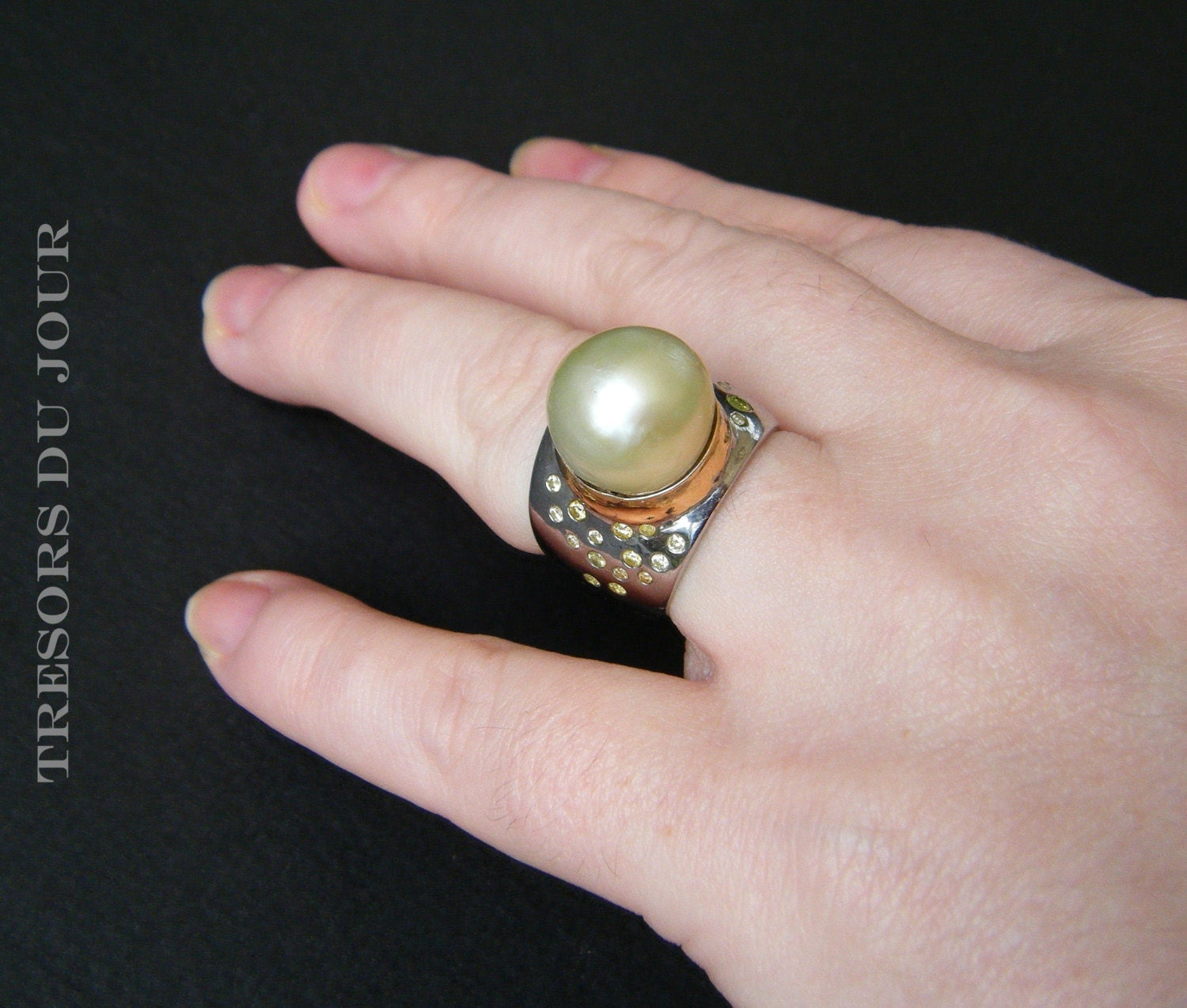 unique pearl ring gold pearl statement ring diamonds pearl