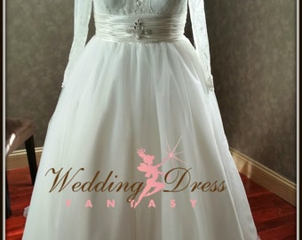 Plus Size Wedding Dress Chantilly Lace and Tulle Ballgown with Long Sleeves