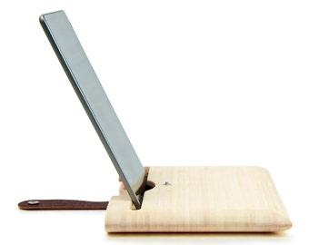 Etui pour iPad Air ou 2/3/4 en bois de bambou naturel et lanière en cuir