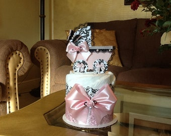 Girl mini diaper cake/ Light Pink and black diaper cake/ Carriage Centerpiece/ Girl baby shower Centerpiece/ Mini diaper cake