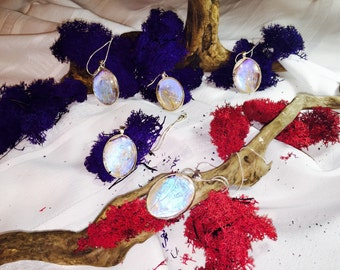 Pearl morpho necklace