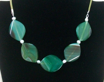 Green Agate and Pearl Necklace