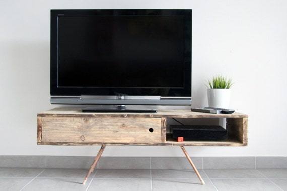 RESERVED Meuble TV/Table basse UMESH en bois de palette recyclé brut