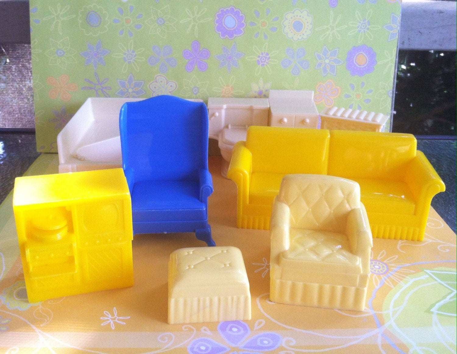 Vintage Plastic Dollhouse Furniture Items For Living Room And