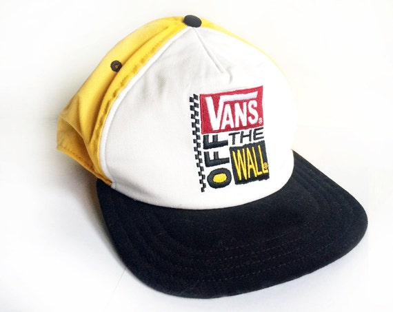 90s Retro Skater Snapback Vans Off The Wall by MilkyTeaVintage