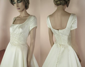"""90's Vintage Wedding Dress - """"A"""" line bridal gown – Elegant wedding dress from the 1990's"""