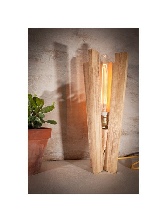 wood table vintage edison lamp wood lamp industrial lamp. Black Bedroom Furniture Sets. Home Design Ideas