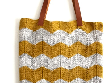 Knitted Tote bag chevron yellow and off-white