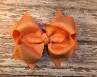 Apricot hair bow