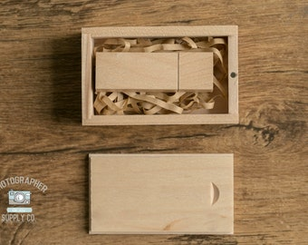 Wood/Wooden USB Flash Drive Box Holder with Magnet Lid