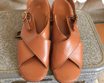 1960's Camel brown shoes